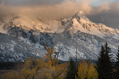 teton transitions (Jeff Bernhard) Tags: tetons sunrise grand teton national park jackson hole