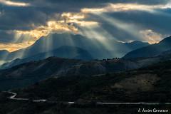 Y en un instante... (AvideCai) Tags: paisaje avidecai montaña tamron2470 amanecer cielo nubes