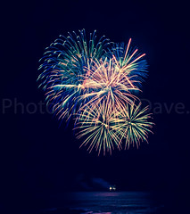 Bangor Fireworks. (Photographer Dave C) Tags: fireworks bangor canon colour canon40d canonofficial photography photographerdave passion photograph 2016 water winter northernirealnd nightphotography longexposure