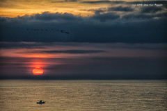 Amanecer del 17-10-2016. (Jos Francisco_(Fuen446)) Tags: amanecer amanece sunrise playa beach fuengirola benalmdena mlaga nubes clouds