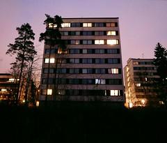 Niemenmki (neppanen) Tags: sampen discounterintelligence suomi finland helsinki helsinginkilometritehdas piv85 reitti85 pivno85 reittino85 rakennus building niemenmki