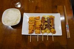Yakitori skewers + Rice @ Ten Chi @ Montparnasse @ Paris (*_*) Tags: france europe city autumn fall 2016 cloudy montparnasse tenchi food restaurant japan japanese paris yakitori skewer salmon beef cheese grilled rice