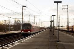 DB Regio 111 116 met N-rijtuigen in Emmerich (sanfranjake) Tags: emmerich emmerichamrhein trein goederentrein duitsland