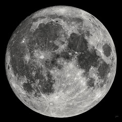 Full Resolution Moon 11/13/2016 (JohnMcCubbin) Tags: moon supermoon astronomy astropysics refractor science nightsky astrophotography