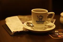 DSC04378 (oliveplum) Tags: coffee cafe shoppingmall capitolpiazza olympusomsystemzuikomcautot12f85mm singapore sony bokeh