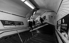 IMG_9826 (Lens a Lot) Tags: 10mm paris | 2016 canon efs 1018mm f4556 is stm metro subway people ultra wide angle lens black white blackandwhite street photography streetphotography noir et blanc monochrome abstrait gomtrique lignes structure infrastructure diagonale profondeur de champ train horizon intrieur
