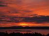 Rett før soloppgang. (2BB1 Media) Tags: frøya frøyfjorden hitra orange ragnhildskjæra red rød rødt soloppgang yellow