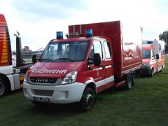 Iveco Daily - GW Logistik (michaelausdetmold) Tags: iveco daily fahrzeug feuerwehr einsatz blaulicht gertewagen nrw emmerich