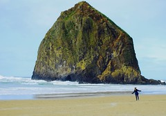 Jennifer dancing at Haystack Rock, Cannon Beach. (Andy Ziegler) Tags: travel beach oregon cannonbeach haystackrock seashore ocean selfie tourism canon6d monolith pacificnorthwest seastack beautiful magical