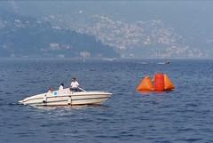 La Cento Miglia del Lario (sirio174 (anche su Lomography)) Tags: centomiglia lario lago lake como lagodicomo comolake sport motonautica motoscafi barche boats italia italy imbarcazioni scafi