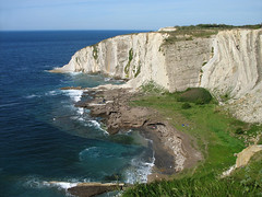 White cliffs at Getxo, Spain (Batikart) Tags: ocean t