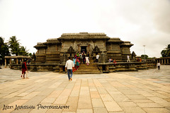 Hoysaleshwar Temple, Halebidu, Karnataka. Built in 1121 AD by the Hoysala Kings (artiagarwal) Tags: sky india building art history stone architecture landscape photography photo carved details carving temples historical hoysala stonecarved