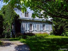 Maison_Ancestrale (jeansplash) Tags: paisible ancestrale maisonrustique fujihs25exr