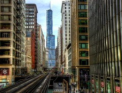 """At the end of the Curve"" (WebGregor) Tags: city urban chicago cta metro colorphotography transportation trumptower trump hdr thechicagoloop"