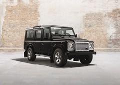 Land Rover Defender Silver Pack (Revistadelmotor) Tags: silver rover pack land defender