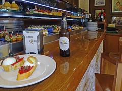 La Reina Tapas (Pinchos) Bar - Valencia (Sony HX60V) (markdbaynham) Tags: city travel urban valencia spain zoom sony cybershot espana espanol metropolis es hx dsc cyber compact cuidad 60v sonyphotographing travelzoom hx60 hx60v
