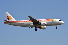 "Iberia EC-IZH ""San Pedro de Roda"" (Howard_Pulling) Tags: uk england london photo nikon heathrow aircraft may picture landing airline flughafen lhr heathrowairport 2014 flug d5100"