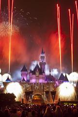 Fireworks over Sleeping Beauty's Castle, Disneyland, Anaheim CA (arbabi) Tags: california usa color america freedom fireworks disneyland unitedstatesofamerica celebration burst orangecounty anaheim 4thofjuly independenceday sleepingbeautyscastle