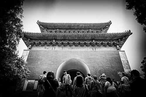"定陵明樓 Soul Tower, Dingling Tomb (""Tomb of Stability"") / 中國北京明十三陵 Ming Tombs, Beijing, China / SML.20140501.6D.31526.P1.BW"