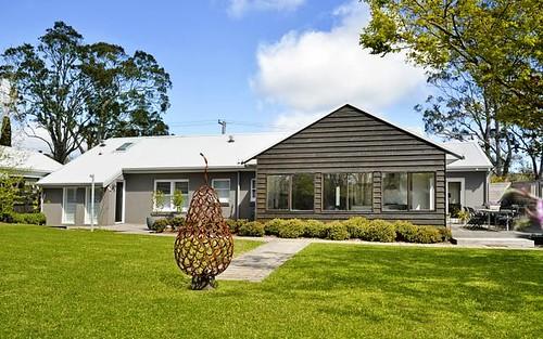 8 Loseby Street, Bowral NSW 2576