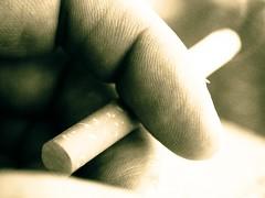 Le temps qui part en fume... (NSnooze) Tags: cigarette clope monochrome