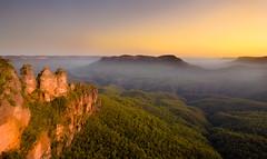 Three sisters, bluemountainNP, NSW, Australia (gi-moon Kang) Tags: three sisters blue mountain national park nsw sydney australia landscape sunset mist d5300 nikon