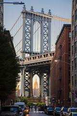 symmetry (luisbajanai) Tags: symmetry manhattan bridge manhattanbridge ny nyc newyork brooklynbrigde brooklyn empirestate empirestatebuilding buildings