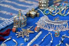 More on Silver jewelry (T Ξ Ξ J Ξ) Tags: morocco chefchaouen sefasawan d750 nikkor teeje nikon2470mmf28 blue city square silver jewelry handicraft