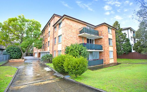 2/193 Derby Street, Penrith NSW 2750
