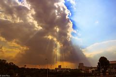 nubes resplandor (guilletho) Tags: landscape clouds sunrays paisaje resplandor nubes canon mexico puebla sky cielo