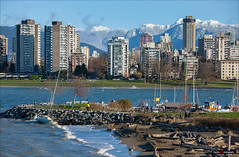2016-12-04 - Downtown Snow Mountains - 02wtmk (Clayton Perry Photoworks) Tags: vancouver bc canada fall autumn explorebc explorecanada outdoor snow mountains northshore skyline boat winter haddenpark