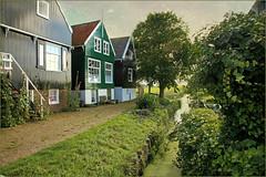 Le village de Marken, Waterland, Nederland (claude lina) Tags: claudelina nederland netherlands paysbas hollande marken waterland maisons houses architecture