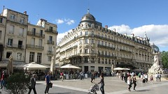 Place de la Comedie, Montpellier (Peter Curbishley) Tags: montpellier france video sun square people 3graces tram