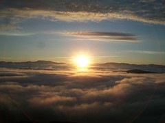 Midnight sun in Kvnangen (Archanegros) Tags: norway norwegia midnightsun dziepolarny nature clouds kvnangen nvuotna spmi