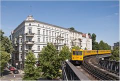 Kreuzberg und seine Hochbahn (Berliner_77) Tags: berlin ubahn pnv bvg hochbahn