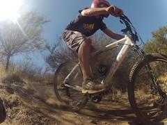 DownHill (Felipe Zanotti) Tags: up bike sport bicicleta downhill dh land bici deporte