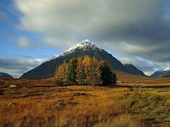 WINTER FRAMES AUTUMN (explore) (kenny barker) Tags: scotland day cloudy explore glencoe glenetive scottishlandscape beauchailleetivemor daarklands panasoniclumixgf1 kennybarker pwfall