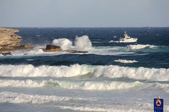 police launch searches rough seas for missing swimmer bondi_3554 (gervo1865_2 - LJ Gervasoni) Tags: november sea man bondi search air australia nsw drowned 2013 photographerljgervasoni