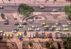 Yellow taxis (larigan.) Tags: brazil cars beach southamerica riodejaneiro transport fromabove taxis copacabana touristattraction touristdestination larigan phamilton 2014fifaworldcup iphone4s 2016olympicsandparalympics