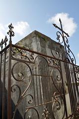 Rossigno gate