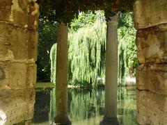 parc Monceau (Roberto Urios) Tags: paris garden jardin column parc giardino colonne colonna parigi columna monceau columnas