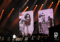 Something.. (-Patt-) Tags: uruguay wings beatle beatles montevideo mccartney paulmccartney 2014 outthere estadiocentenario 19deabril outtheretour
