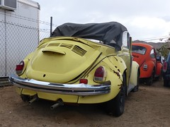 The Old Volks Home (33) - 24 October 2016 (John Oram) Tags: vw volkswagen frenchs yuccavalley theautoclinic vwbeetle 2002p1140332