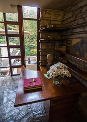 This Desk is Custom (trainmann1) Tags: nikon d90 tokina 1116mm amateur handheld fallingwater fallingwaterhouse franklloydwright flw house retreat pa pennsylvania millrun architectural design architect interior exterior inside outside october 2016 1939 autumn fall beautiful elegant stone wood wall walls building windows glass