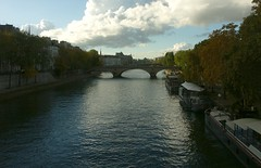 Pont Neuf in the distance (jglsongs) Tags: paris france europe riverseine seine pont bridge pontneuf