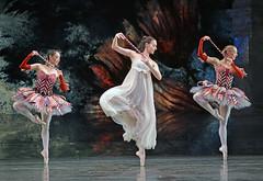 Reina Fuchigami, Arancha Baselga, Ruth Brill (DanceTabs) Tags: dance ballet brb birminghamroyalballet hippodrome dancing dancers