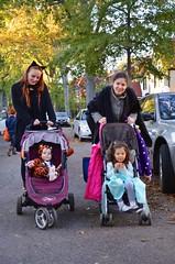 Moms On Burns Street (Joe Shlabotnik) Tags: faye 2016 strollers october2016 halloween afsdxvrzoomnikkor18105mmf3556ged