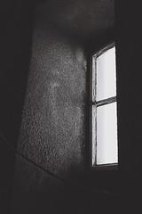 000027 (álvarogonzáleznovoa) Tags: kodak byn blackandwhite ligthouse streetphotography