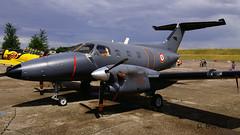 Embraer Emb 121AA Xingu n° 121107 ~ YV / 107  Armée de l'air (Aero.passion DBC-1) Tags: meeting avord 2008 dbc1 david biscove aeropassion airshow aviation avion plane aircraft embraer emb121 xingu ~ yv armée de lair