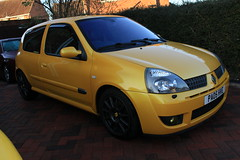 LY 182 29-11-16 003 (AcidicDavey) Tags: liquid yellow renault renaultsport clio 182 ly